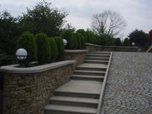 schody zewnętrzne granitowe
